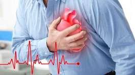 کمک های اولیه به فردی که دچار حمله قلبی شده است